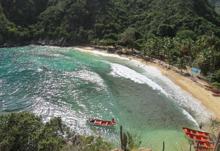 """Playa Ensenada """"Tuja"""" estado Aragua"""
